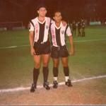 - Calvex Martins e Chiquinho do AEC no amistoso entre Araxá Esporte e Atlético Mineiro no estádio municipal Fausto Alvim em 1988.