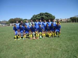 Equipe do Milan Corgão