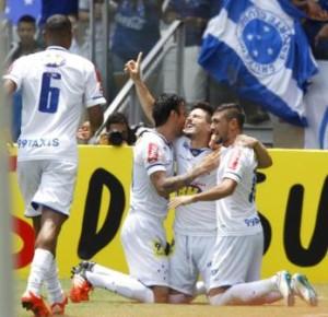Foto Cruzeiro vence Flu