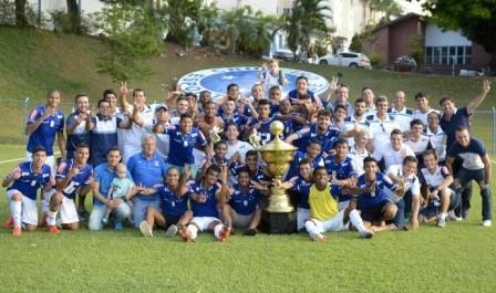 Foto Cruzeiro vence Gansinho e levanta o caneco