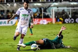 Santos vence Palmeiras