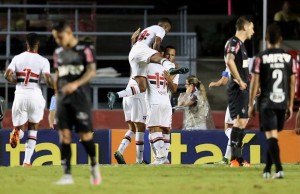 xxx of Sao Paulo fights for the ball with xxx of Atletico during the match between Sao Paulo and Atletico MG for the Brazilian Series A 2015 at Estadio do Morumbi on November 19, 2015 in Sao Paulo, Brazil.