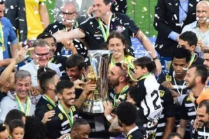 Corinthians lidera ranking da CBF 2015