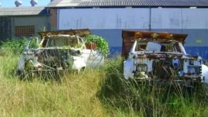 lote-vago-e-carros-abandonados