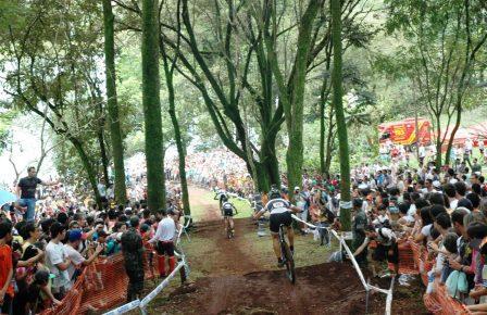 O Mundo das Bikes se volta para Araxá
